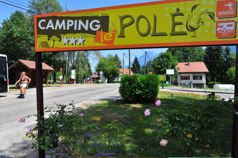 Campsite with swimming pool in annecy camping le pol for Camping savoie piscine