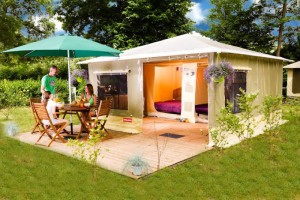 location-tentes-camping-annecy-modele-caraibes-2